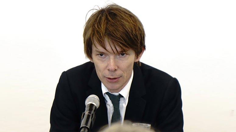 Kunstverein, Kulturnetz und documenta-Forum laden zu Adam Szymczyk in die documenta-Halle ein