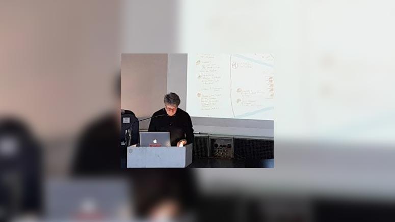 Harald Kimpel stellt UTOPIEdocumenta – unverwirklichte Projekte aus der Geschichte der documenta vor
