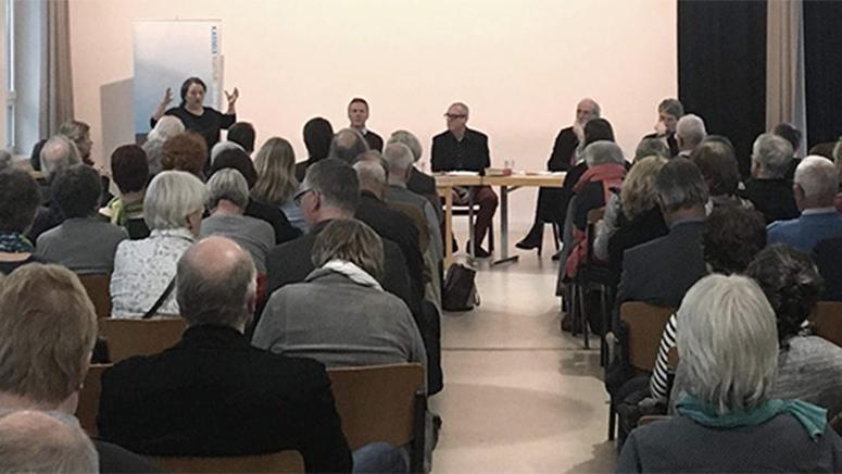"HNA: ""Künstler Olu Oguibe zum Kasseler Obelisken: Standort nicht verhandelbar"""