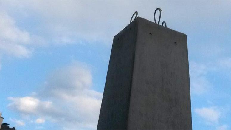 Nun ist er also weg vom Königsplatz, der Obelisk von Peter-Matthias Gaede