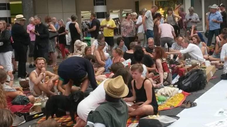 Picknick für die Freiheit der Kunst, Museumsnacht, Szeemann-Archiv
