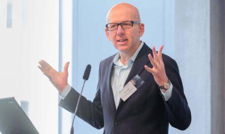 Prof. Dr. Heinz Bude (Universität Kassel, Hamburger Institut für Sozialforschung), Foto: Stephan Röhl, Attribution-ShareAlike 2.0 Generic (CC BY-SA 2.0)